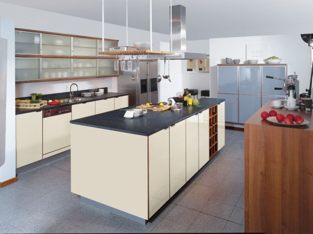 WM Küchen + Ideen GmbH